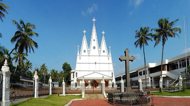 പെരുമ്പാവൂരില് സഭാദിനാചരണവും 38-മത് മദ്ധ്യകേരള സുവിശേഷ യോഗവും
